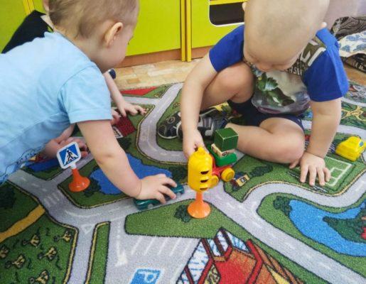 """Неделя  безопасности дорожного движения в детском саду """"Малыш"""""""